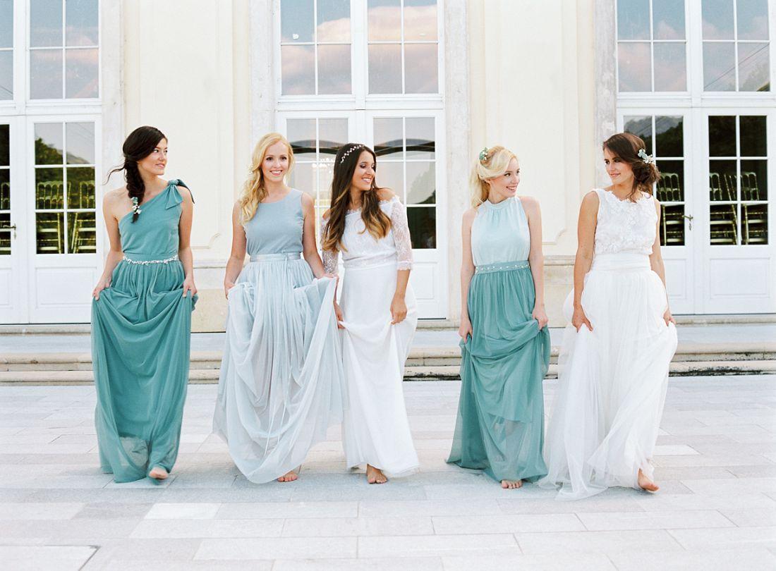 5 Tipps für Brautjungfernkleider | Lebendige und fröhliche ...