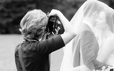 Freunde oder Gäste als Hochzeitsfotograf